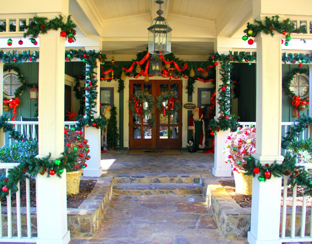 Holidays at Barnsley Gardens
