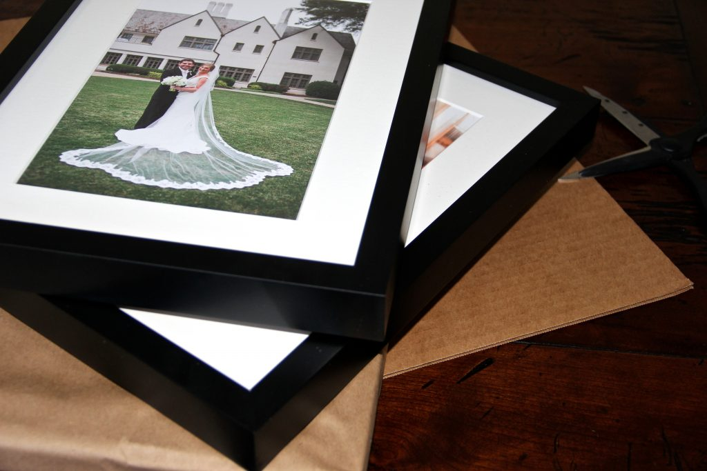 Framing Art Online: Simply Framed